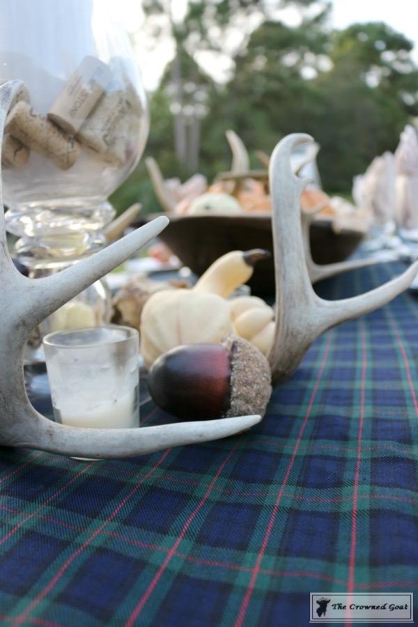 Outdoor-Fall-Tablescape-4 Outdoor Fall Tablescape Decorating DIY Holidays