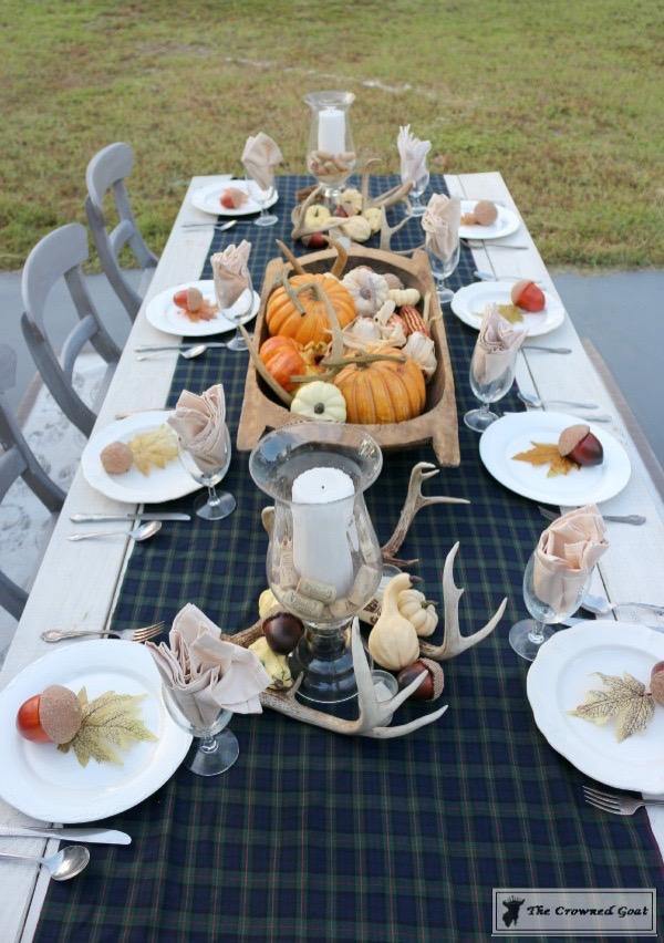 Outdoor-Fall-Tablescape-7 Outdoor Fall Tablescape Decorating DIY Holidays