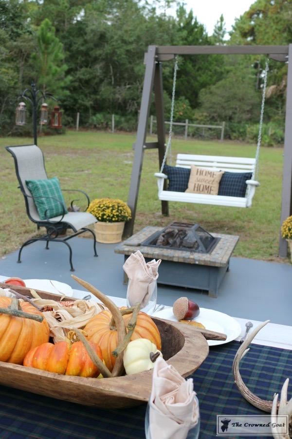 Outdoor-Fall-Tablescape-8 Outdoor Fall Tablescape Decorating DIY Holidays