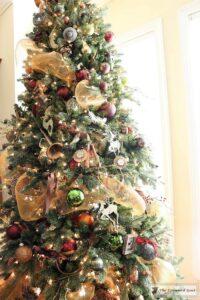 bliss-barracks-traditional-christmas-tree-living-room-3