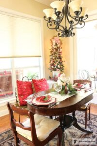 gingerbread-inspired-kitchen-and-breakfast-nook-14