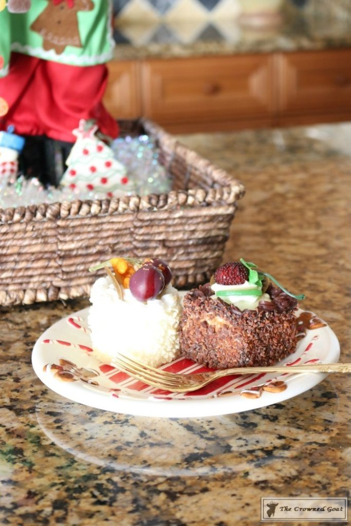 Gingerbread-Inspired-Kitchen-and-Breakfast-Nook-4-683x1024 Gingerbread Inspired Breakfast Nook and Kitchen Tour Christmas Decorating Holidays