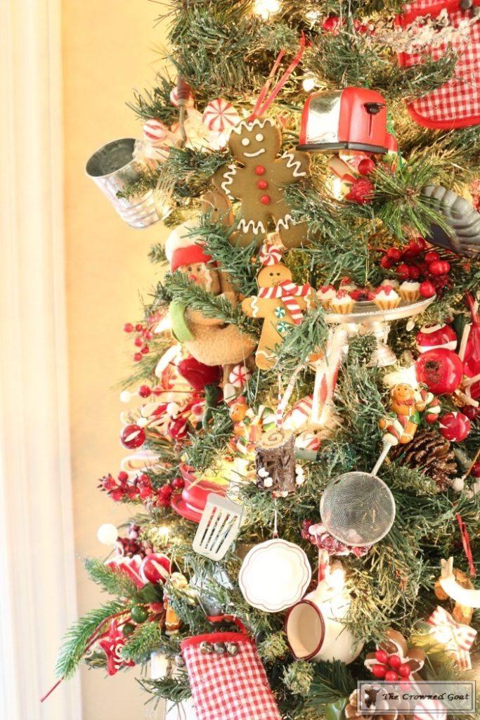 Traditional-Christmas-Home-Tour-11-683x1024 Traditional Christmas Home Tour at Bliss Barracks Christmas DIY Holidays