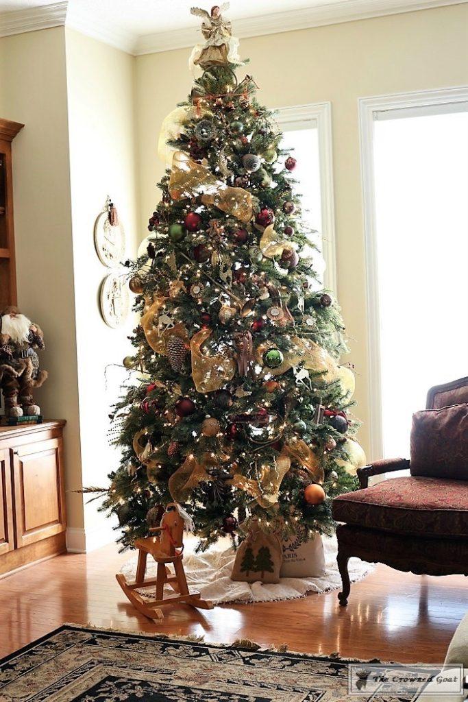 Traditional-Christmas-Home-Tour-15-683x1024 Traditional Christmas Home Tour at Bliss Barracks Christmas DIY Holidays