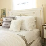 christmas-bedroom-at-loblolly-manor-3