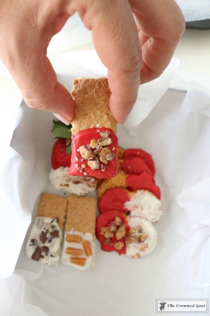 Easy-Valentine-Snack-Box-14-683x1024 The Busy Girl's Valentine's Day Snack Box DIY Holidays
