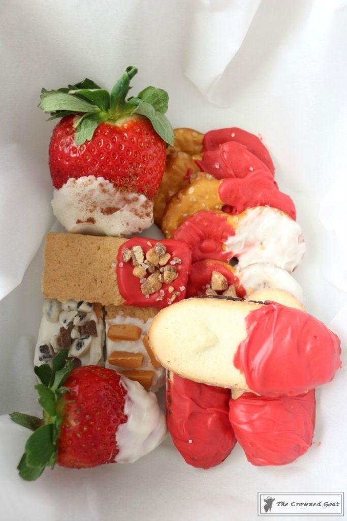 Easy-Valentine-Snack-Box-17-683x1024 The Busy Girl's Valentine's Day Snack Box DIY Holidays