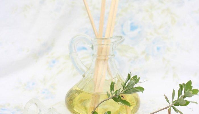 DIY Lemongrass Room Diffuser-11