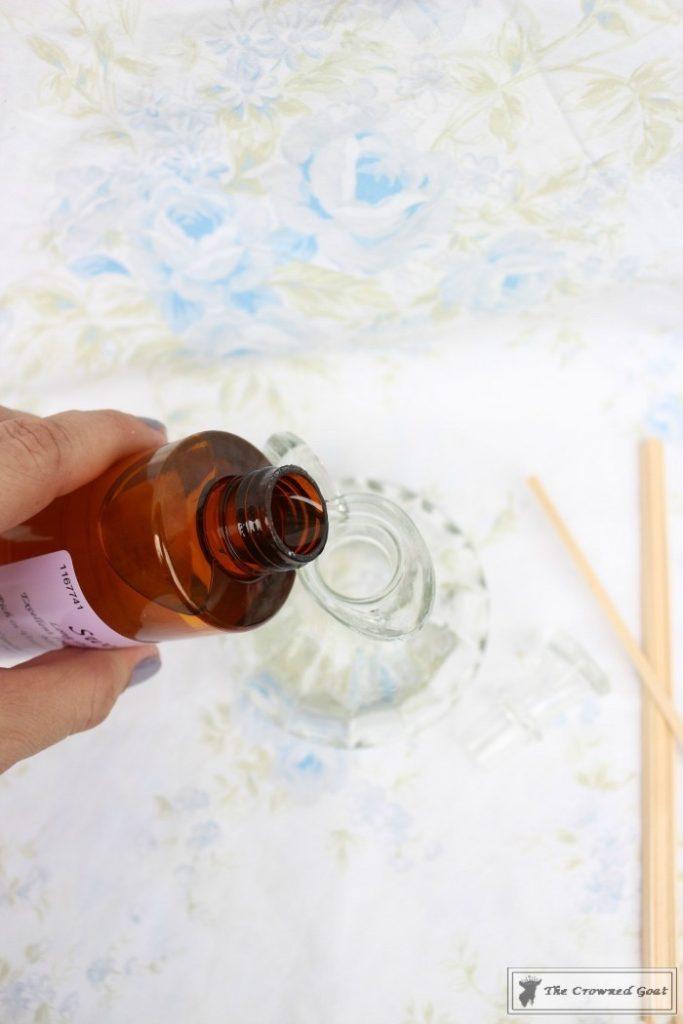 DIY-Lemongrass-Room-Diffuser-4-683x1024 How to Make a Lemongrass Room Diffuser Crafts DIY