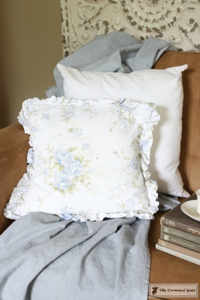 How-to-Stencil-a-Pillow-Cover-1-683x1024 Stenciled Pillows Made Easy Decorating DIY