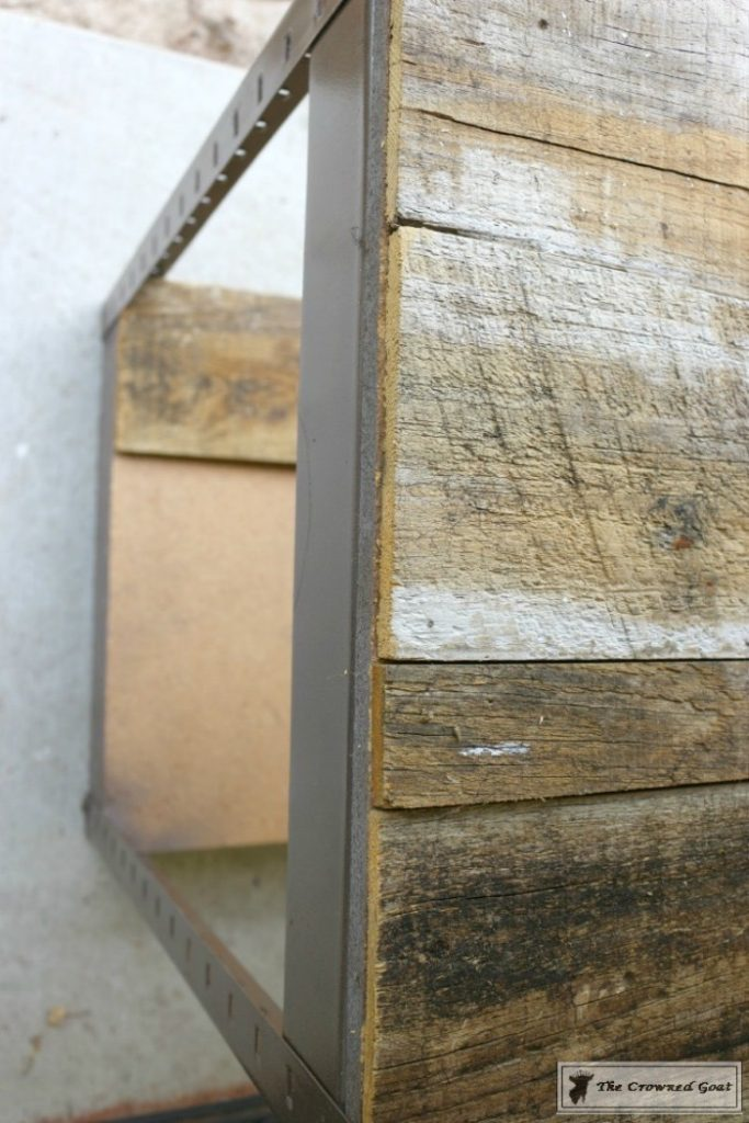 A-Simple-Way-to-Repurpose-Old-Fencing-The-Crowned-Goat-4-683x1024 Repurpose Old Fencing with This Easy Hack Decorating DIY Painted Furniture